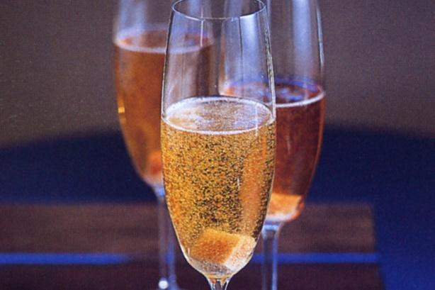 Коктейль из шампанского