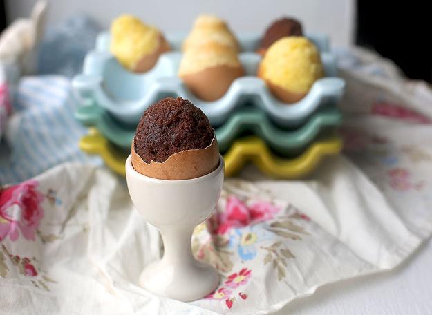 шоколадные кексы в яйцах