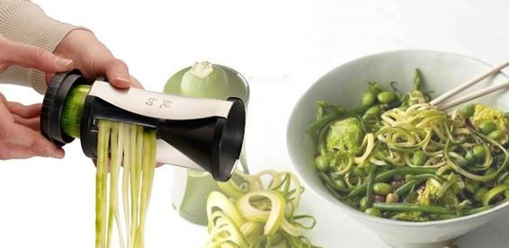 Спирилизатор для нарезки овощей спиралями
