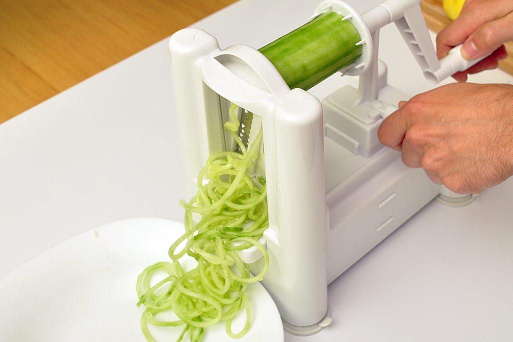 Спирилизатор. Как нарезать спаггети из цуккини