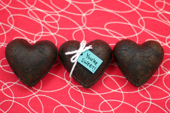 heart-shaped-brownie-treasure-boxes-final
